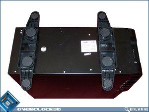 Gigabyte 3D Aurora case feet open