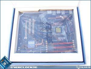 ASUS P6TDeluxe Box Open