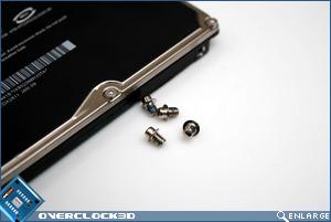 MacBook Screws Out