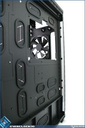 Rear panel vents