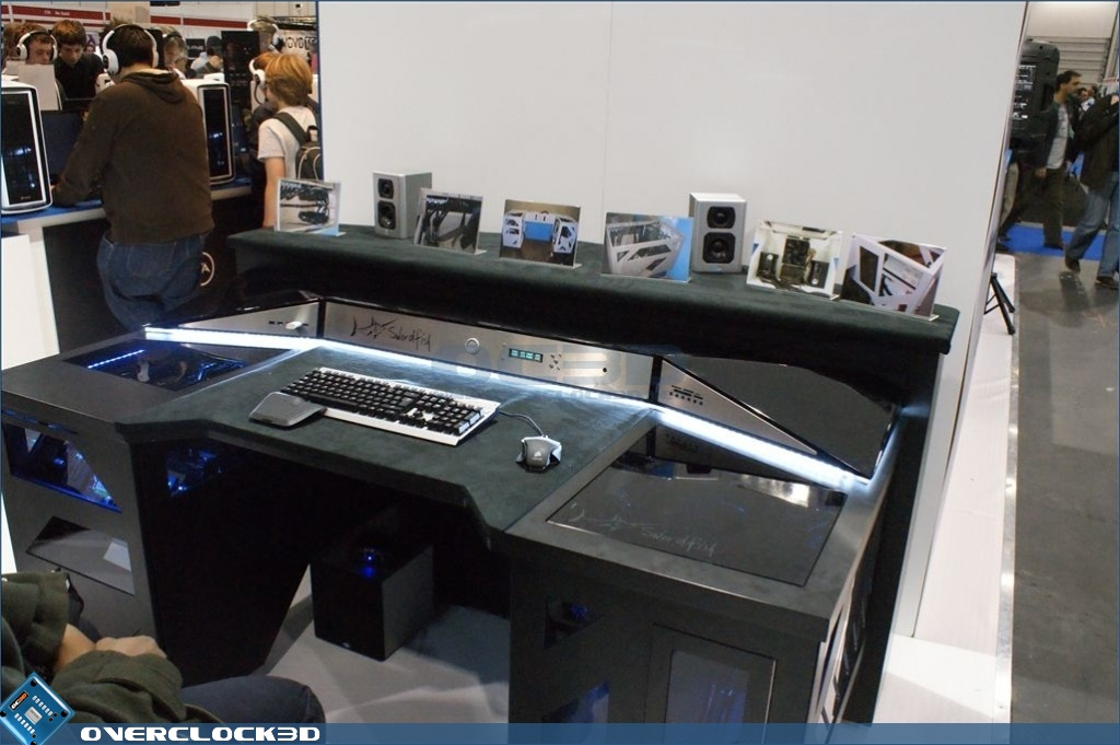 So you're wandering around and spot a fairly cool looking desk. Not