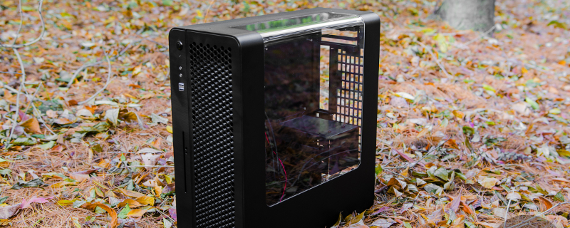 EK Water Blockâ??s New ITX Case