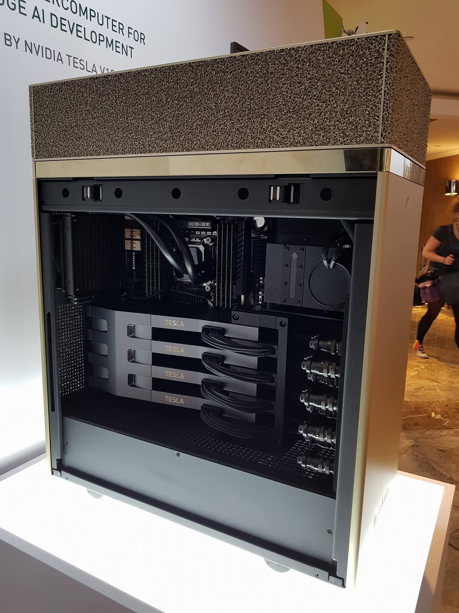 Nvidia showcases a 4x Tesla V100 Volta system at Computex