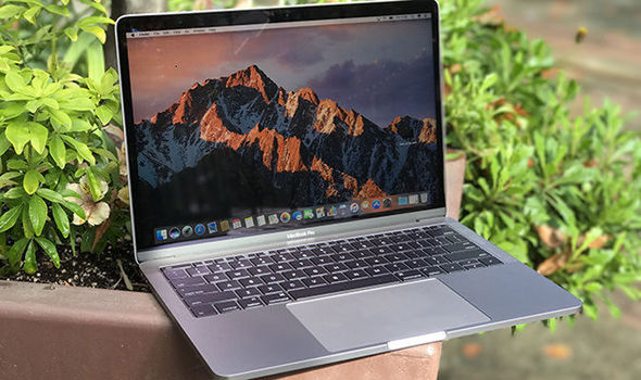Apple scrambles to fix a major security issue on their High Sierra OS